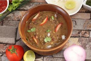 dal makhani: cibo indiano foto