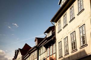 classica architettura tedesca a Gottinga, Germania foto