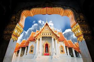 il tempio di marmo, wat benchamabopitr bangkok thailand foto