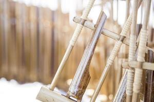 angklung isolato su sfondo bianco foto