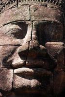 enorme faccia al tempio di bayon, angkor, cambogia