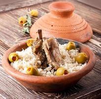 tagine marocchina con costolette di agnello