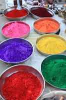 felice santo farben in India foto
