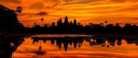 sagoma castello di angkor wat. foto
