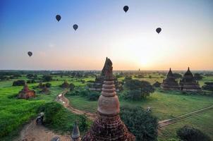 antichi templi di Bagan, Myanmar foto