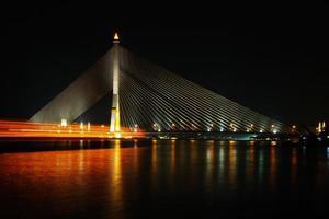mega bridge a bangkok, thailandia (rama 8 bridge)