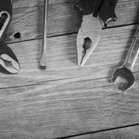 strumenti per la riparazione di fondo in legno foto