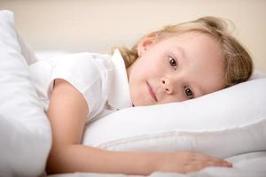 piccola ragazza foto
