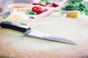 coltello in cucina foto
