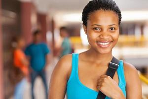 ragazza del college africano