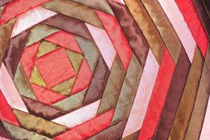 Fine della superficie della coperta di stile peruviano di artigianato di seta tailandese variopinto su foto