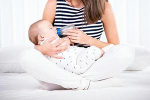 mamma e bambino foto