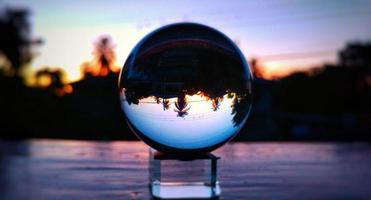 palla di vetro trasparente foto