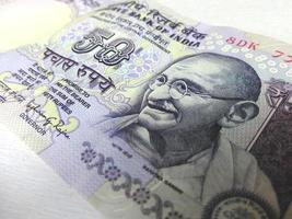 Banconota da 50 rupie indiane foto
