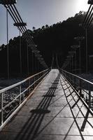 ponte pedonale via cavo