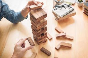 concetto di crescita del business con blocchi di legno foto