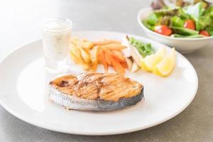 bistecca di pesce sgombro