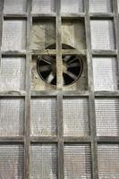 finestra industriale foto