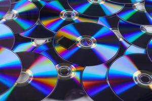 scheda SD con pila di piatto dvd