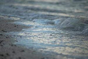 stretta di spiaggia di sabbia foto