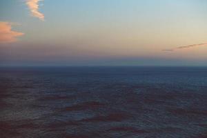 orizzonte infinito sull'oceano