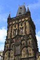 la torre delle polveri di praga foto