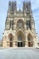 facciata della cattedrale foto