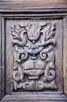 lanzarote porta astratta in legno marrone spagna foto