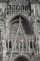 la cattedrale di rouen foto