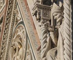 facciata, cattedrale di santa maria dei fiore, firenze foto