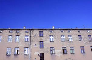 facciata edificio in mattoni foto