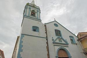 vecchia chiesa della città di panama foto