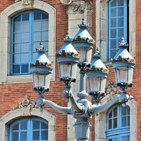 tolosa: lanterne; capitole, mairie, architettura foto