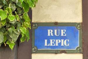 parigi -plaque de rue - rue lepic - montmartre foto