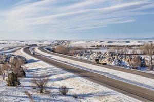 colorado freeway in inverno