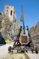 castello di becov - facciata est della cappella foto