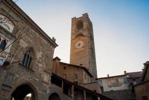 Torre dell'orologio foto