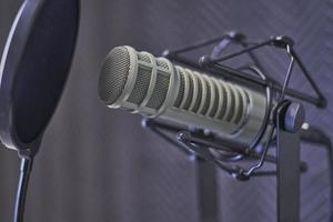microfono a condensatore e filtro anti-pop foto