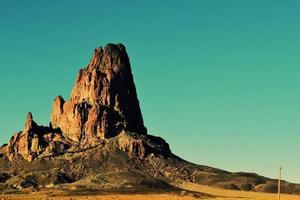 butte di arenaria nella monument valley foto