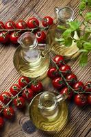 olio d'oliva fresco foto
