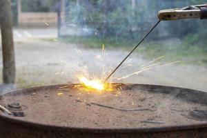 primo piano dell'acciaio per saldatura