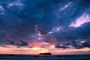 tramonto incredibile - manuel antonio, costa rica foto