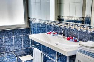 lavandino del bagno foto