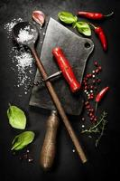 posate vintage e ingredienti freschi foto