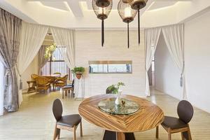 interno della moderna sala da pranzo
