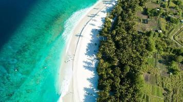 spiaggia sulle isole maldive