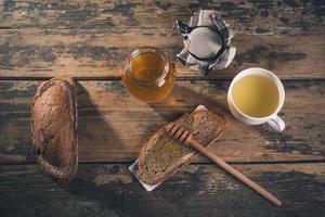 miele e tè foto