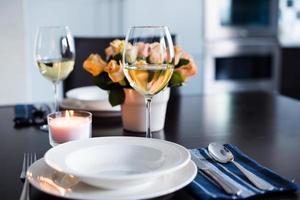 semplice tavola domestica foto