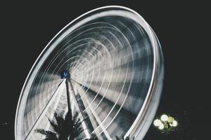 fotografia time lapse della ruota panoramica