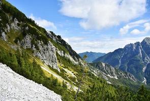 paesaggio delle alpi giulie